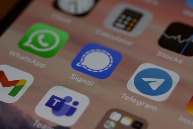 Telegram signal app